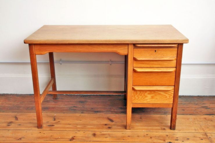 vintage_Abess_desk_2_massive