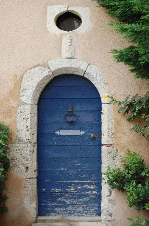 lazarus door