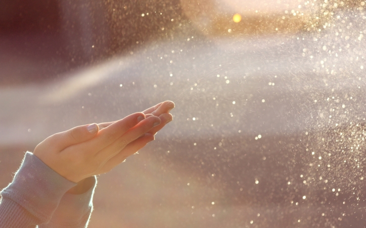 Sparkles-in-the-sun-wallpaper_156
